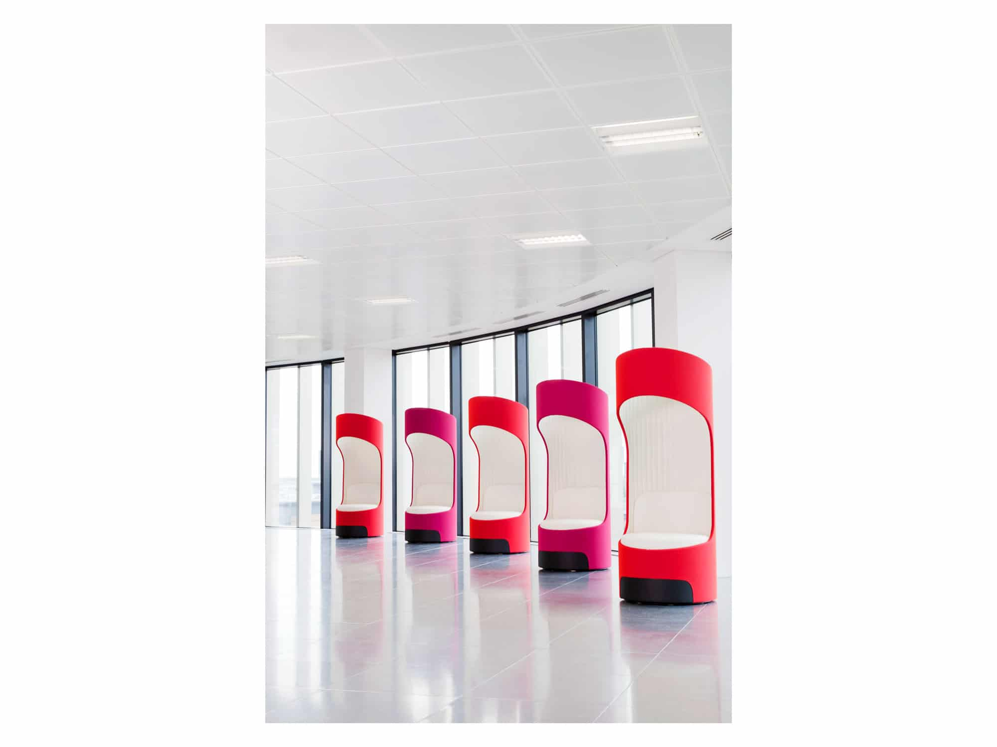 5 Cega acoustic seating pods