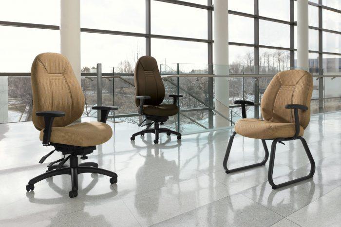 Studio shot of three Obusforme Comfort arranged on the mezzanine.