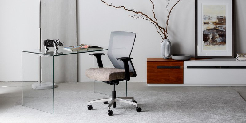Run II Mid Back Office Chair with Black Frame