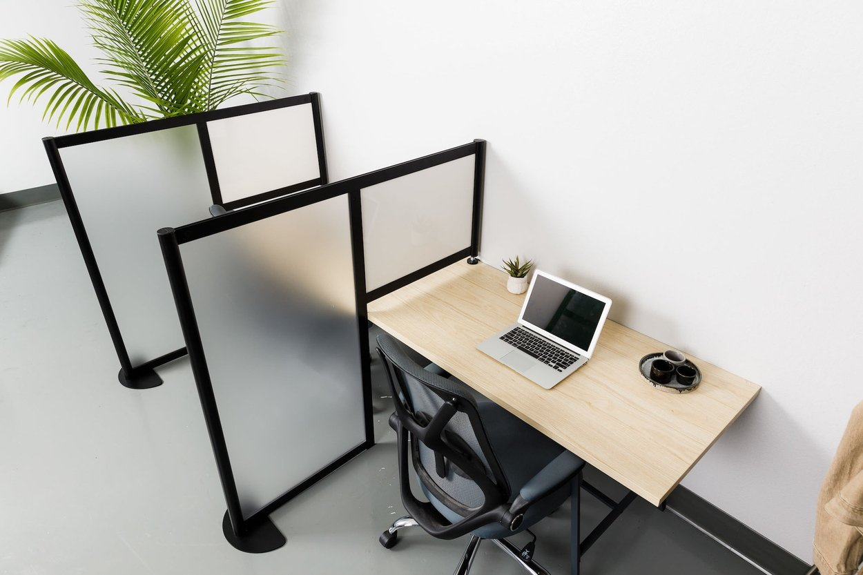 Hitch Acrylic or Dry Erase Floor and Desktop Panels